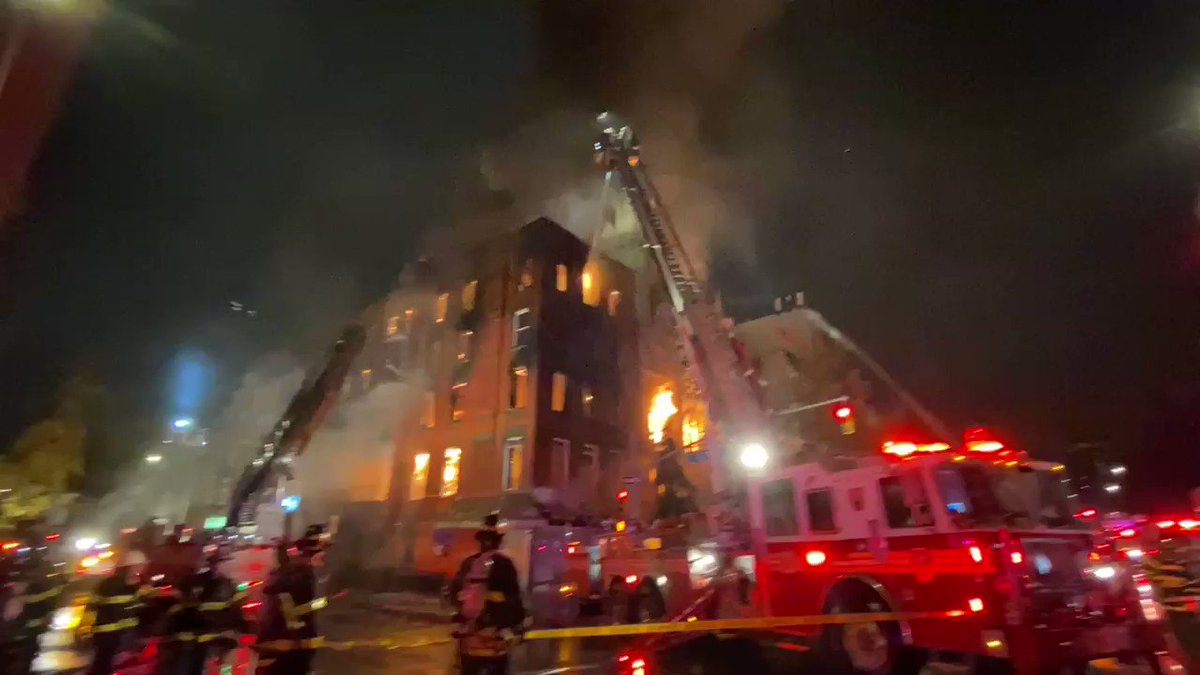4-alarm fire in 2nd Ave and 7 Street  #EastVillage inside a vacant building and spreads to Middle Collegiate Church. FD reports no injuries and operations ongoing—live report at 6a.  @evgrieve