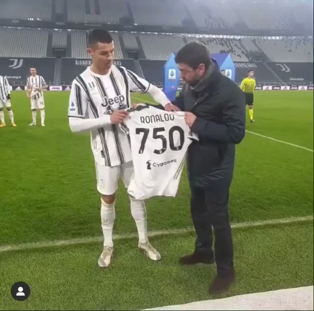President Agnelli representing this amazing club in this historical moment in my carreer. Special thanks to the squad back there: I couldn't do it without your help, guys! Let's go! All together for all our big goals this season! Fino Alla Fine!