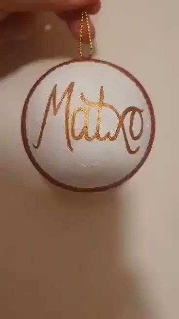 Hand painted Christmas bauble of maxto for @D_DeGea @Edurnity from Jeremiah davids number 1 fan we hope you like it 😁