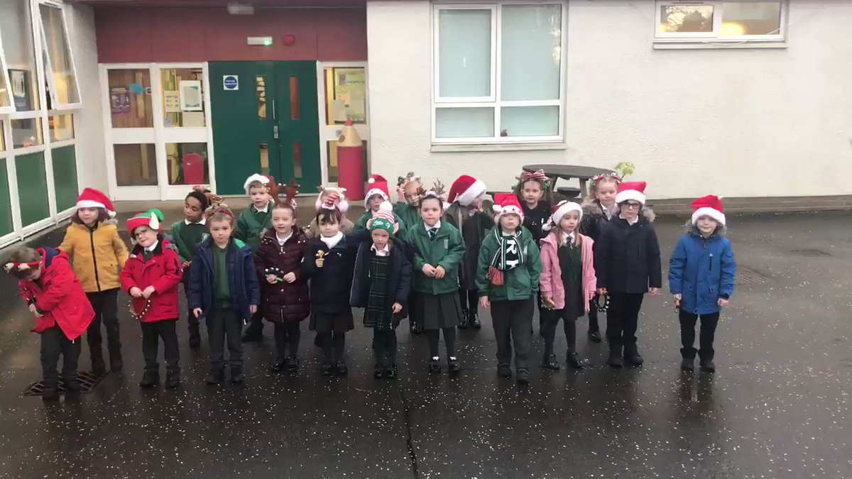It's Primary 1's turn to entertain you this morning with our Christmas Countdown. Well done everyone! 🎅