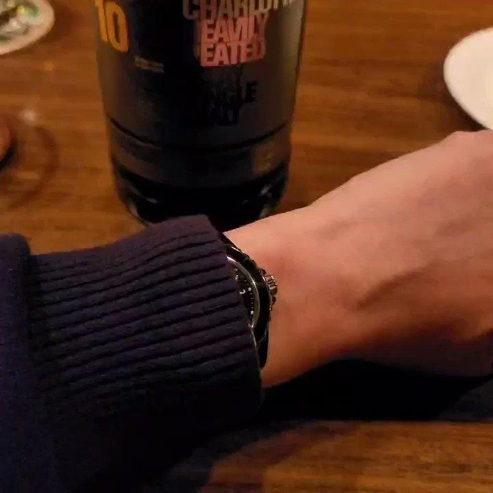 スコッチウイスキーでひとつウエノ男に!(謎。 Scotch whiskey and my  Chanel J12 Paradoxe.   #Chanel #chanelwatches #chanelwatch #chanelj12 #chanelj12paradoxe #j12paradoxe #シャネル #シャネル時計 #シャネル腕時計 #シャネルj12 #シャネルj12パラドックス #j12パラドックス #wristshot