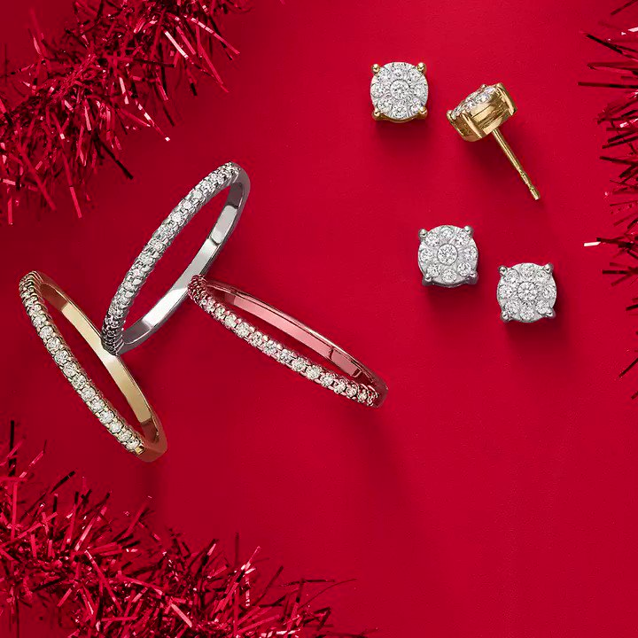 It's not too late to gift big! Now through December 24th, receive up to a $500 American Express® Gift Card* with a qualifying purchase: