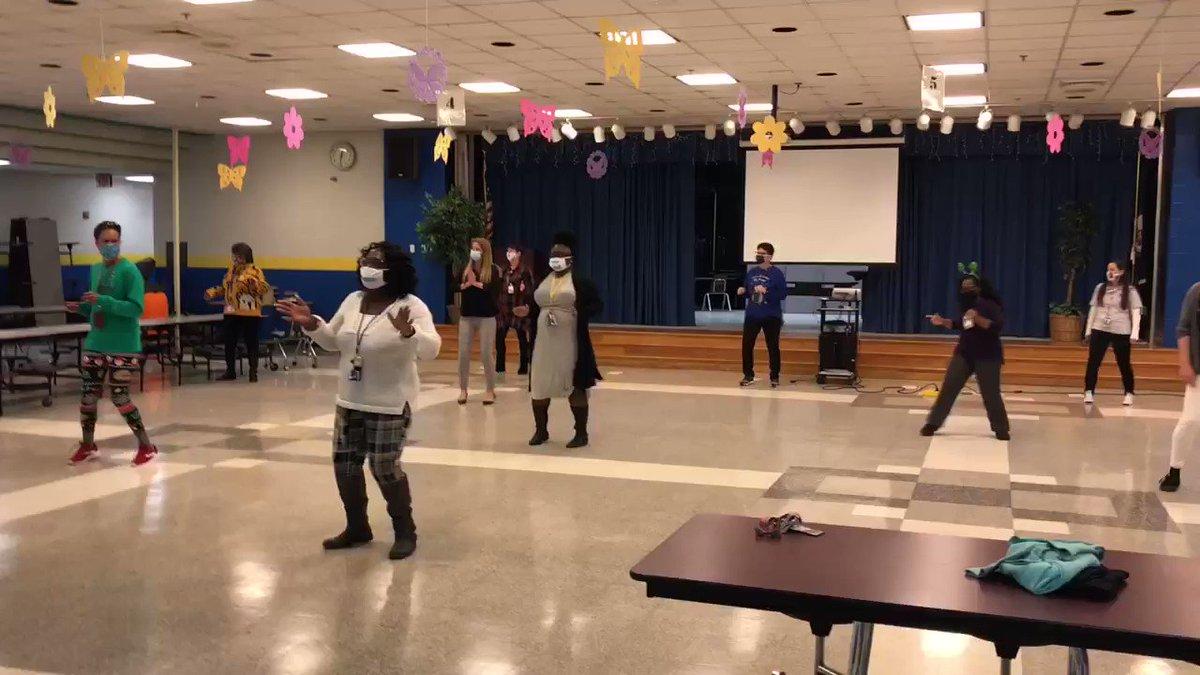 SPS Holiday Dance/Sing Video Challenge... Game. Over. #mightymarlins #strongertogether #BuildingtheBestSPS