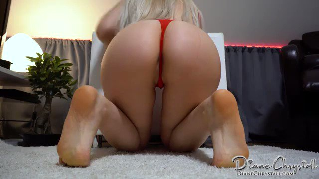 More of my Content is Selling! Baywatch Pamela Farting onto your face https://t.co/furTwmCQEg https://t