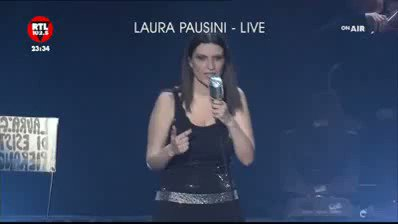 Replying to @polifosfazenri: 🚨il discorso di Laura Pausini ai #GoldenGlobes