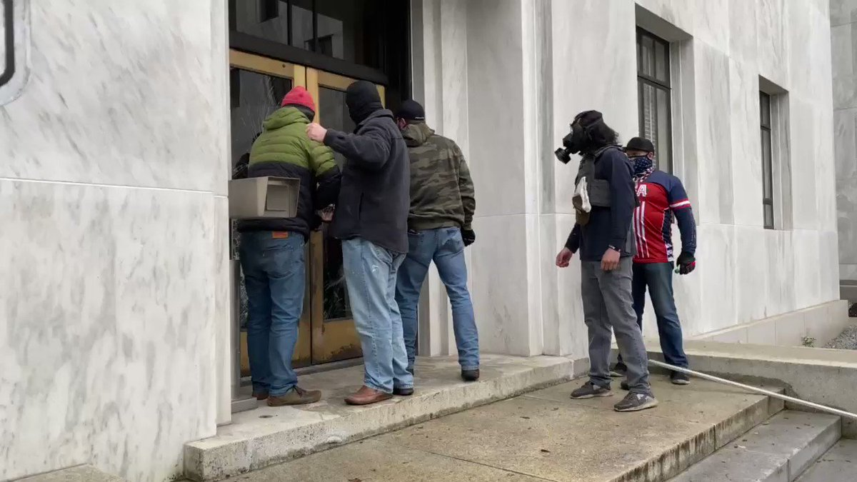 Just before their violent physical assaults on journalists, the right wing extremists literally tried to kick in the door of the Oregon State Capitol in Salem.
