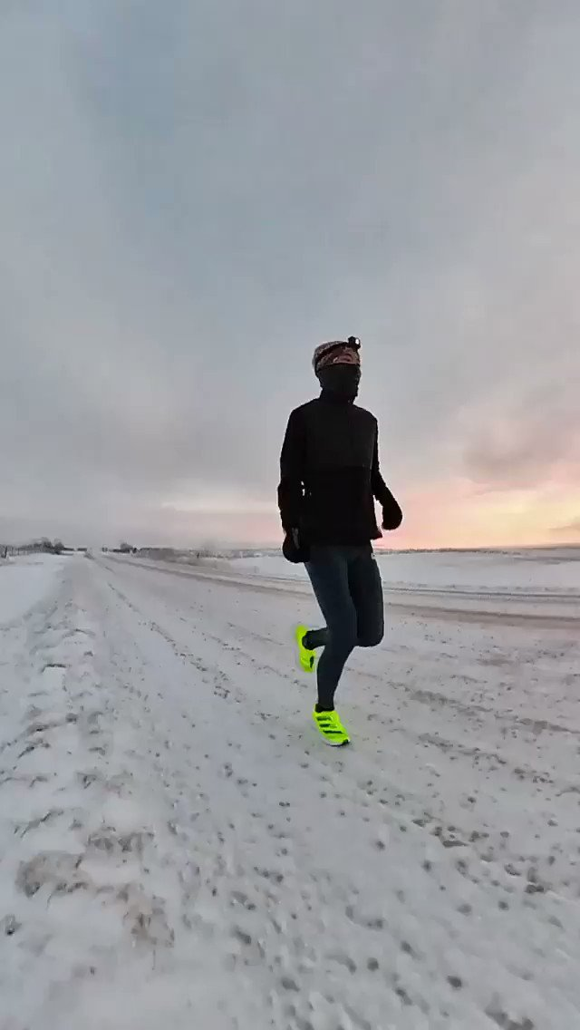 🏃😱🤪❄️👉🏻 ¡Corriendo a -12C con adidas adizero adios pro!   🎥 Kofuzi  #WinterRunning #adidas #adidasrunning #adizeroadiospro #adiospro #Run #Runner #Corre #Correr #Running #RunningLife #Nadatedetiene