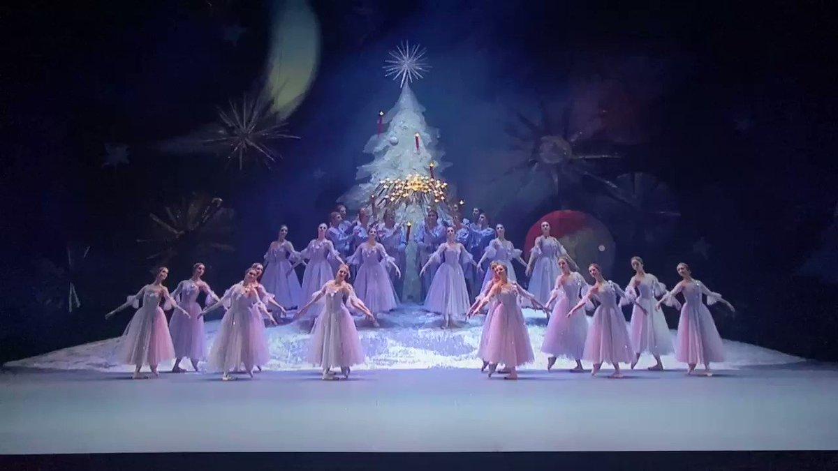 Image for the Tweet beginning: Christmas spirit is here...