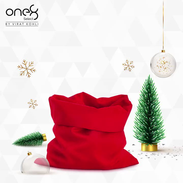 #one8select family wishes you and your family a Merry Christmas!! #one8  @one8world  . . #merrychristmas #occassions #christmas #one8selectnowonline #yourbestfootforward #viratkohli #formalshoes