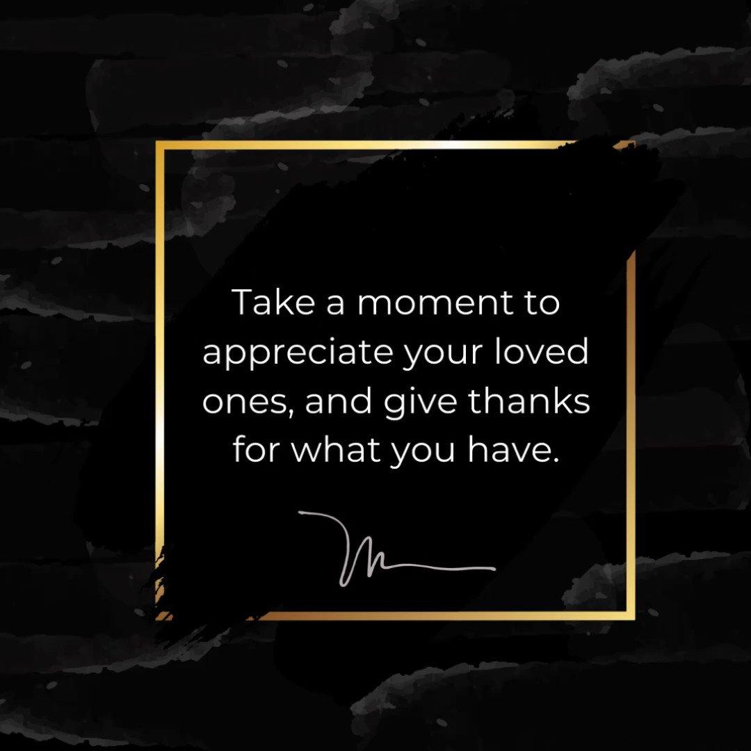 Take a moment to appreciate your loved ones, and give thanks for what you have. 🙏🏼❤️  Toma un momento para apreciar a tus seres queridos y da gracias por lo que tienes. 🙏🏼❤️ #MerryChristmas #FelizNavidad