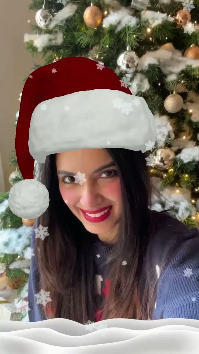 Filter fun 😜🎄 #ChristmasWeek  🎶: All I Want For Christmas Is You by Mariah Carey