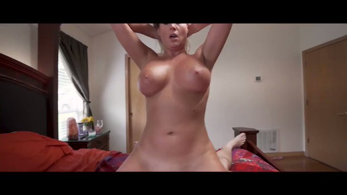 Sold my vid! My Stepmom Is Bored & Horny Complete Ser https://t.co/X1o8OiT4HS #MVSales https://t