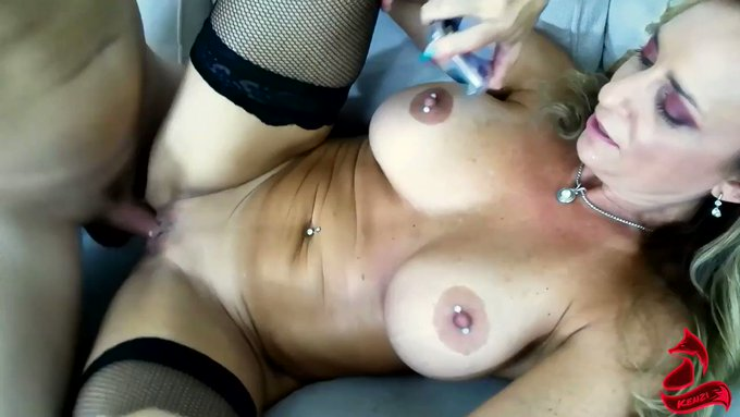 Another vid sold! Mom Of The Year Fucks Her Son https://t.co/tcQPRjO47c #MVSales https://t.co/ProV4j