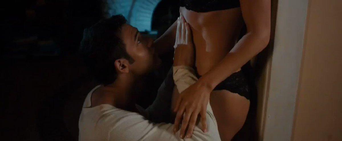 Jennifer Lopez – The Boy Next Door (2015)  – Celeb Nudity