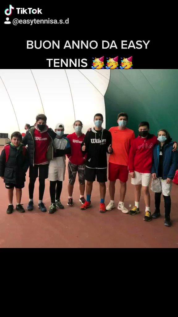 BUON ANNO A TUTTI VOI DA EASY TENNIS 🥳🥳🥳 #tennis🎾 #tennis #tennismatch #tennisplayer #fitemiliaromagna #sport #wilson #wilsontennis #coronavirus #coronavirus  #federer #nadal #djokovic #wimbledon #rolandgarros #ibi20 #usopen #australianopen #easytennis #capodanno2020 #newyear https://t.co/bYk9P7N3BY
