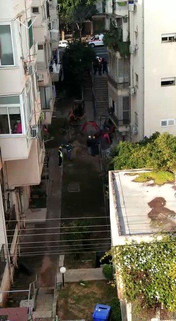Mysterious energy source melts Tel Aviv sidewalks, prompting evacuations of several buildings in Israel HhE1UI9UGVOmhnzC