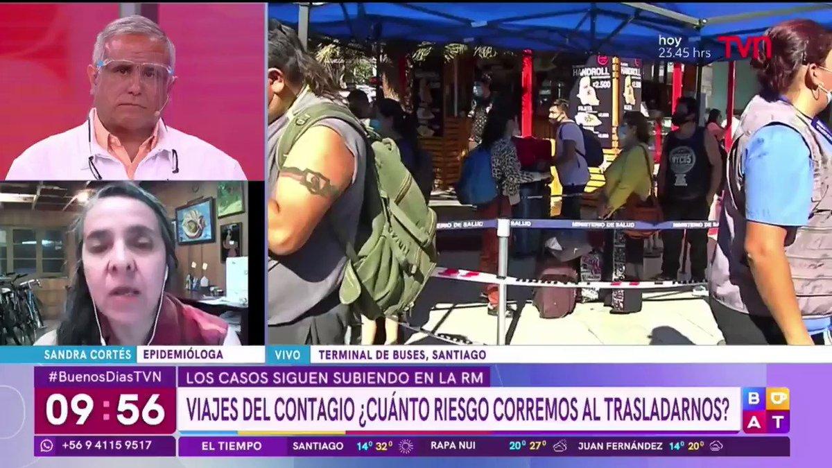 Señales confusas...  La epidemióloga Sandra Cortés (Sociedad chilena epideomiología) en #BuenosDiasTVN apunta a las señales confusas que se dan desde autoridades y medios, como las mascarillas que usan y muestran -en matinales- que no sirven.   *(Ojo a la cara del Doctor Ugarte).
