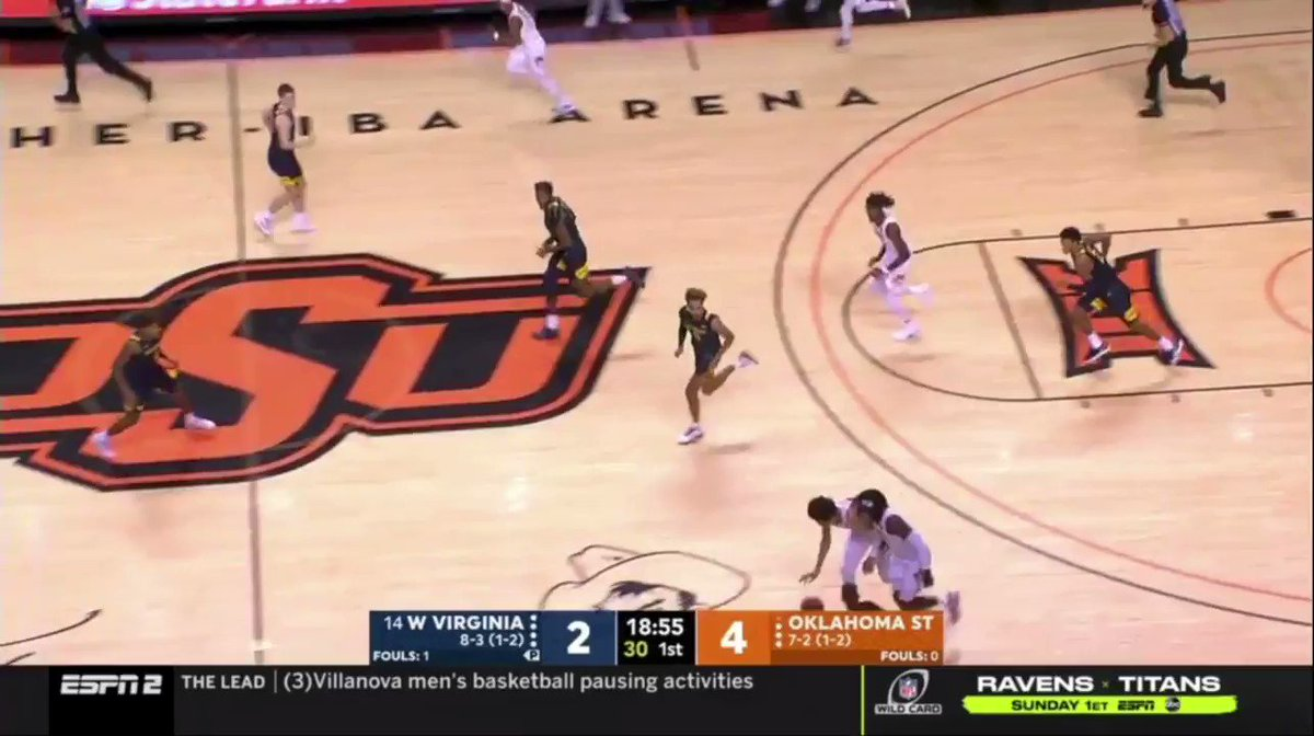 The combination of handling and strength from a 6'8 guard. Never change, Cade Cunningham. https://t.co/akRX8xStik