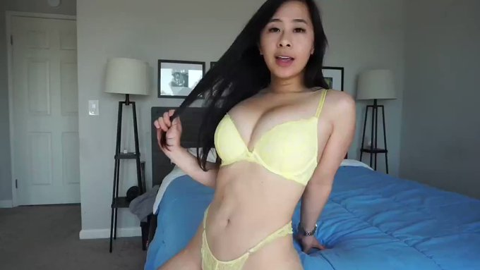 Sold my vid! Escort For Your Birthday https://t.co/koKGbyXWWc #MVSales https://t.co/PGsmYNR4fN