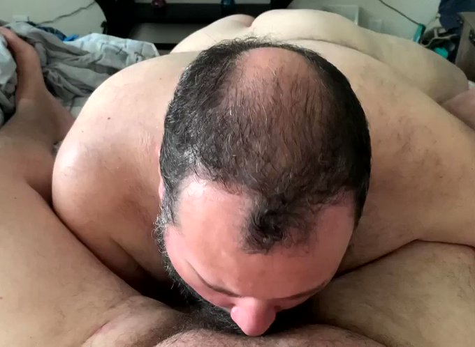 Coming tomorrow to my Onlyfans: Hubby gives me his load.  https://t.co/8FE6Q3l17Q https://t.co/rINnc