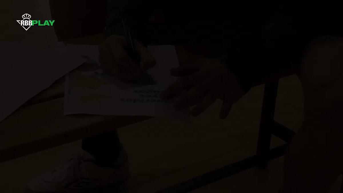 ¡El @RealBetisFS y la Fundación hoy han sido pajes de los Reyes Magos! 👑🐫  ¡El equipo verdiblanco ha hecho llegar a los jóvenes del Polígono Sur del Proyecto Maparra unos regalos muy especiales! 🎁😊  ¡Juntos por la inclusión social! 💪💚