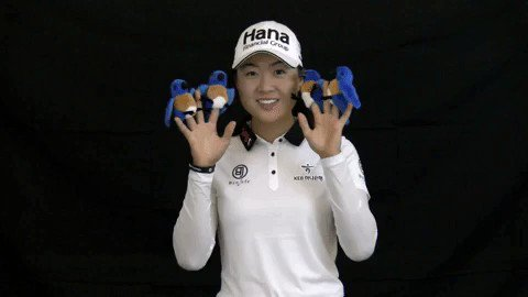 We can't let National Bird Day pass without celebrating.  🐦🐦🐦🐦  #NationalBirdDay   @minjeegolf
