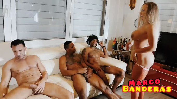 Full scene on my https://t.co/HRTTYeSOWO @BrianaBanderas PÍDEMELA Y TE LA PASO  Todo el video completo