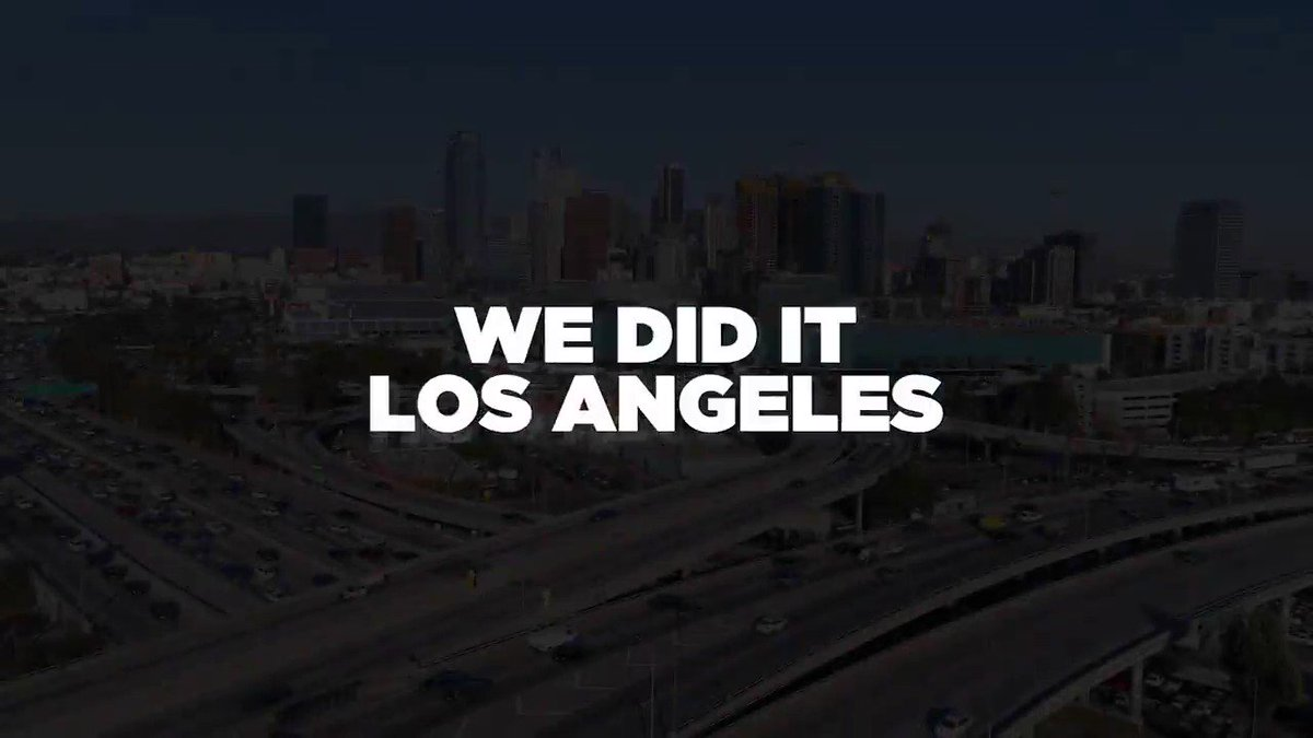 We did it L.A.! Over 10,000 commercial #electricvehicle charging stations, the most of any U.S. city! Located citywide at apt buildings, workplaces, city buildings, bus depots, power poles, streetlights and more. #EV #ChargeUpLA