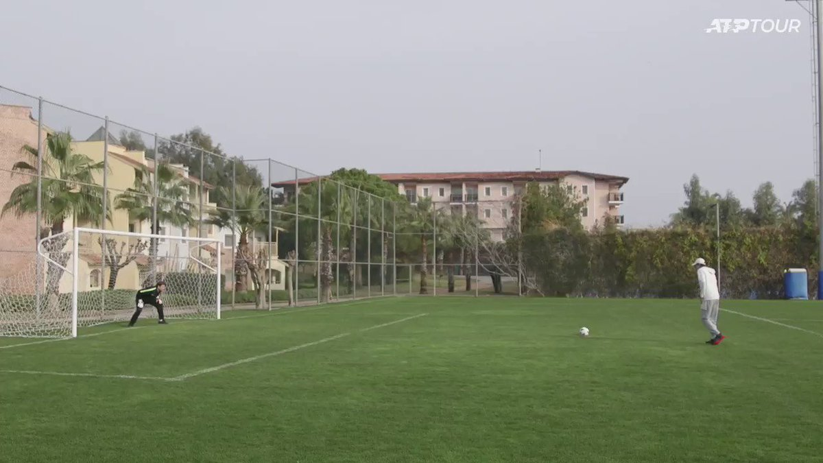 "The age-old debate: ""soccer"" or ""football""? ⚽  @alexdeminaur | #AntalyaOpen https://t.co/p2aq325EXL"