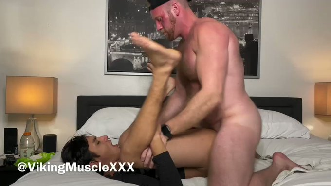 DADDY DESTROYED THIS TWINK! 😈  *SOUND ON!* This 18-year-old twink came over after school begging for