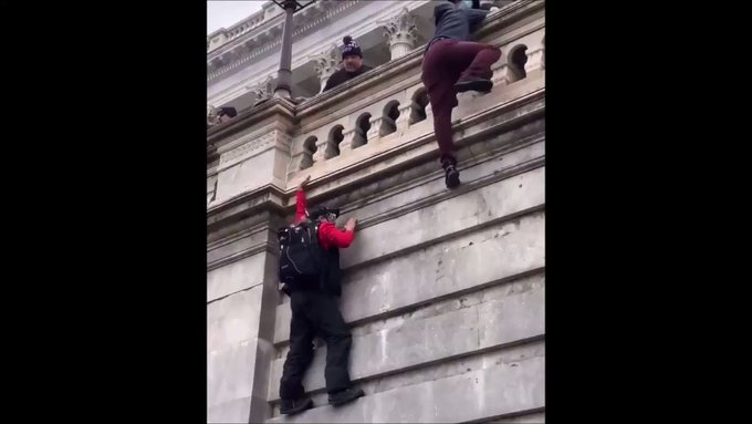 Trump Supporter Fails To Climb Wall https://t.co/fPIIceMH35
