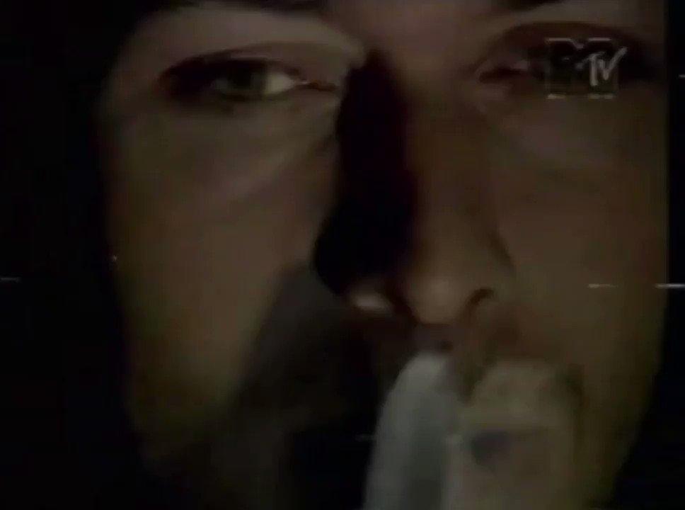Fiz o teste do cotonete pra Covid e me senti neste clipe da Plebe Rude (lembra, @marcosmion?)