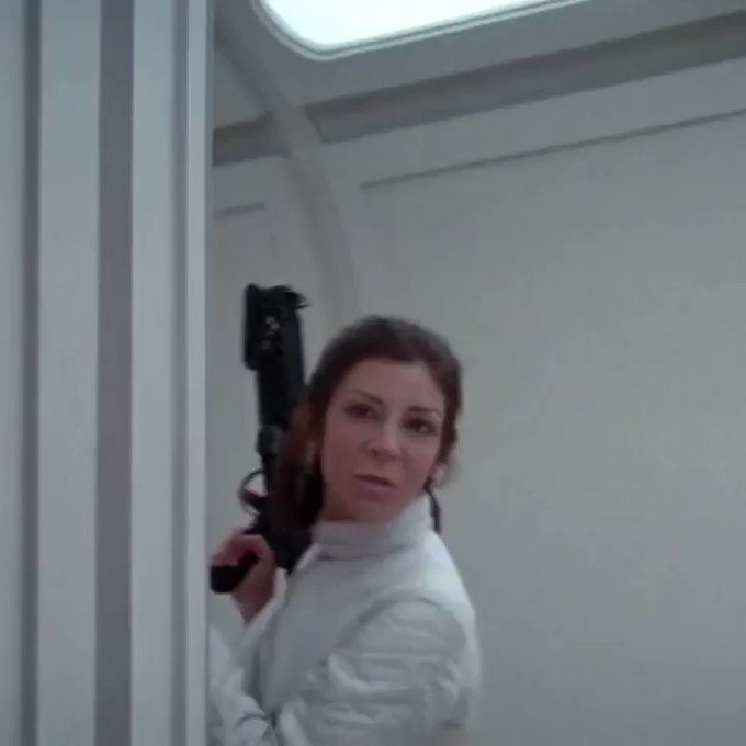 😜 A long time ago in a galaxy far, far away...they call me Leia Jay   #StarWars https://t.co/aITpJTE