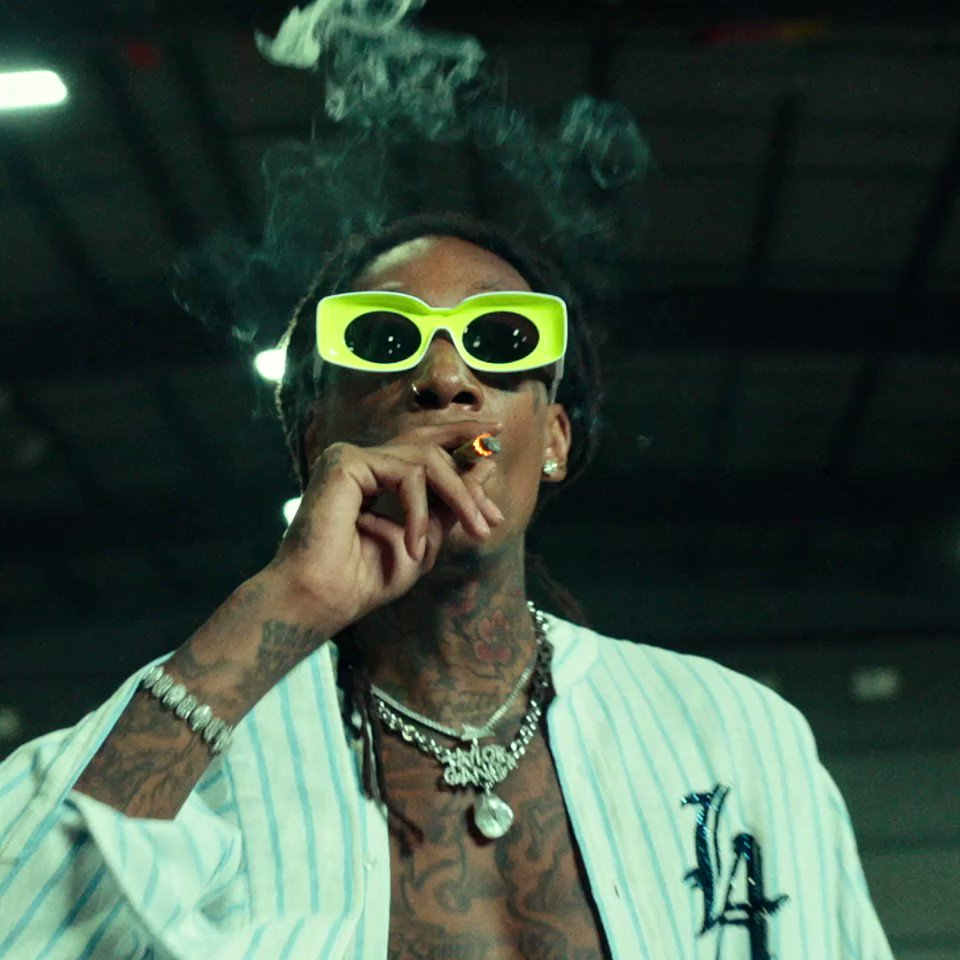 "Replying to @TaylorGang: Big Vibes💨💨💨💨💨💨 ""ALL THE SMOKE"" @TylaYaweh @wizkhalifa @1GunnaGunna  👉:"