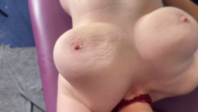 Fuck Machine Makes My Tits Jiggle.  Happy #tittytuesday   Check out my Adventures as Hotwife & Amateur
