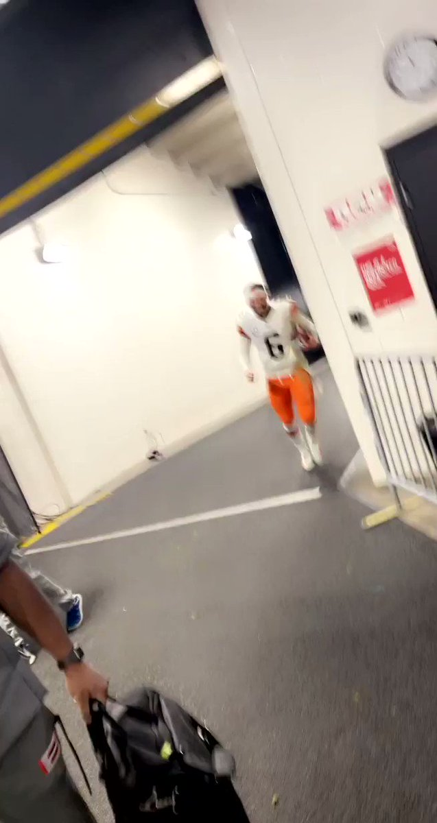 """""""The Browns is the Browns""""  - JuJu Smith-Schuster       - Baker Mayfield  (via @Tall_inc) https://t.co/tOWrmKOOtB"""