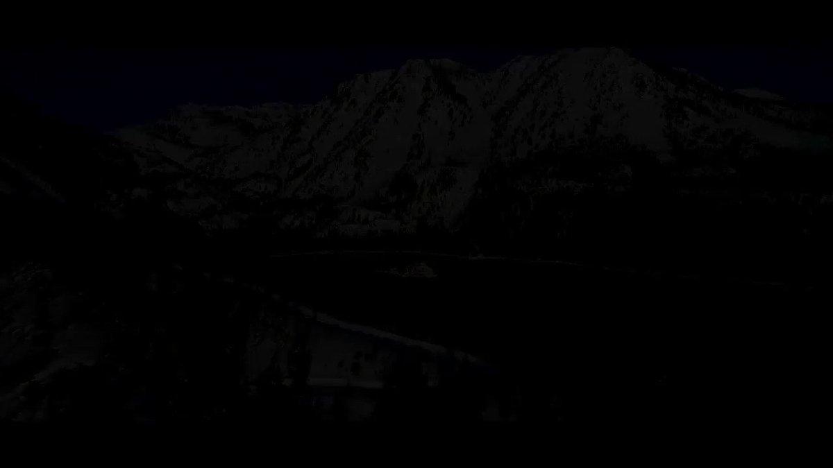 ¡¡¡Por fin!!!  Hoy arranca la #NHL🥳🤩🏒Quiero compartir estas preciosas imágenes de Lake Tahoe que albergará dos partidos #NHLOutdoors  en febrero, esperando que traigan suerte a todos los equipos y sobre todo a los #NHLBruins 😉👇 @NHL_VAVEL