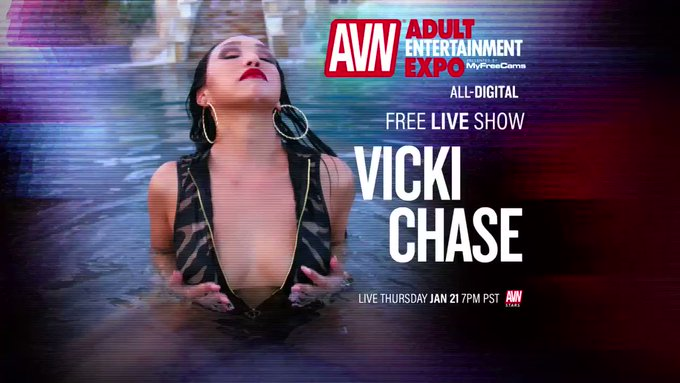 I'll be doing a FREE LIVE SHOW   January 21st / 7pm PST💋  Link & Follow Me https://t.co/twJYEK1DaF 👀  @AEexpo