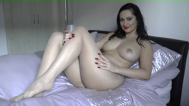 One of my Favorites Sold! Luscious Legs in Pantyhose https://t.co/6k1Nc2jpaX https://t.co/RNQGdMYaHe