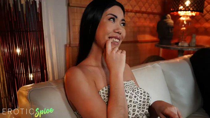 Asian Beauty Has Big Black Dick Fantasies! New @eroticSPlCE out now 💚 https://t.co/WJQTFGbFzK