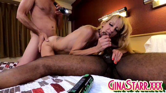 Sold my vid! Banging Gina 18 https://t.co/T2tieQcDp0 #MVSales https://t.co/Us6RDpRsnS