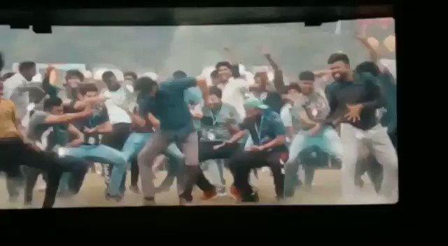 Sema dance vijay anna..😍😍. enga ooir theatre....😍😍😍 #Thalapathy #ThalapathyVijay #ThalapathyVsSethupathi #Master #MasterFilm #MasterPongal #MasterReview #MasterFDFS #MasterTeaser #Vijay #VijayTheMaster #மாஸ்டர் #masterupdate