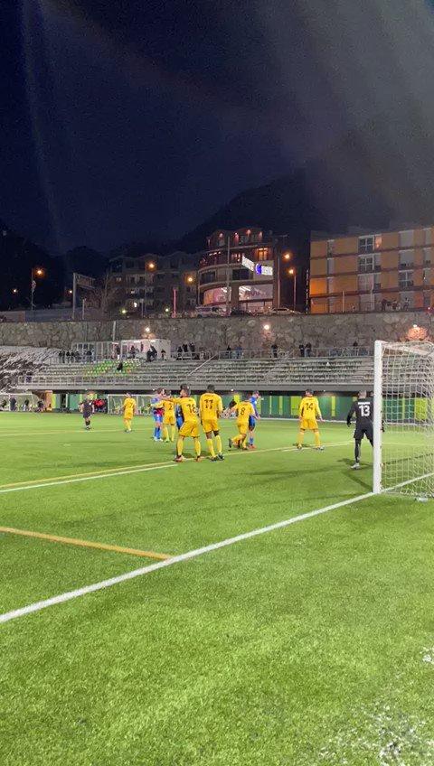 ⏱67' | Marca V. Casadesús amb un control perfecte dins l'àrea i finalitza enviant la pilota al fons de la xarxa.