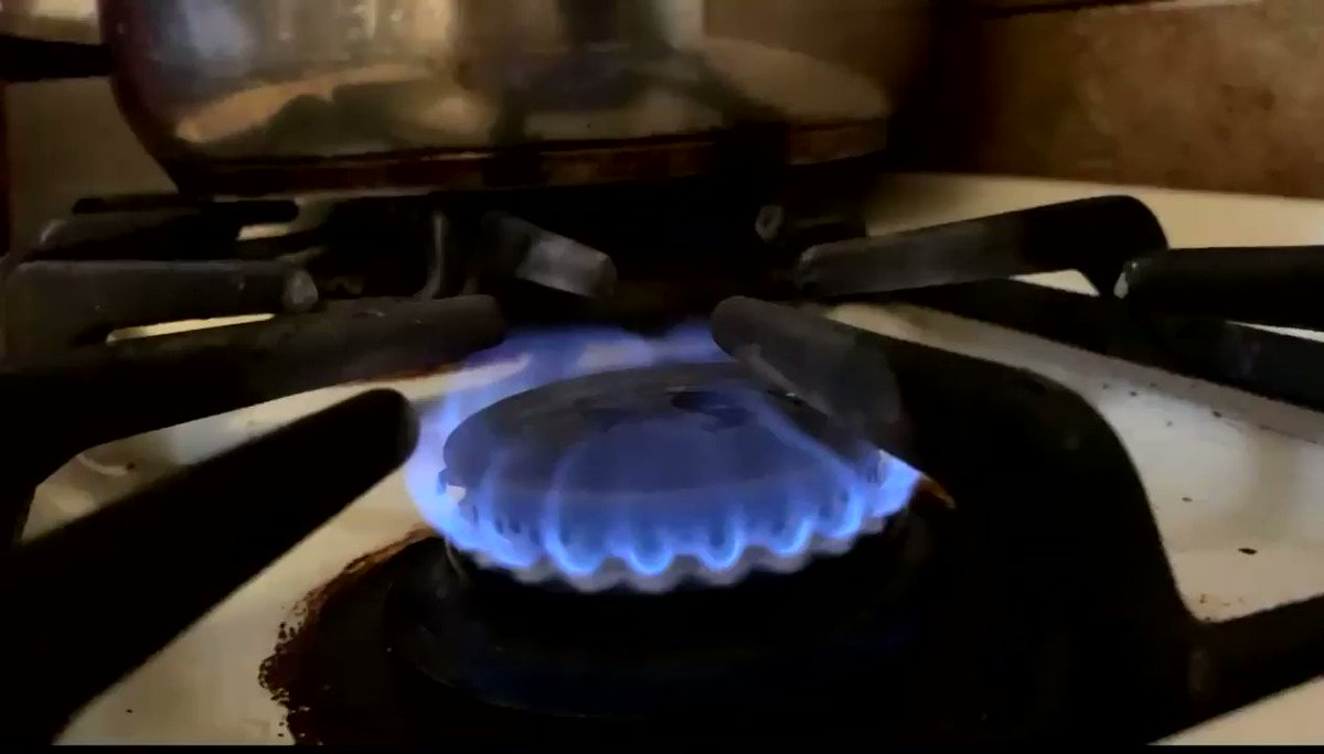 @Hoodville_ https://t.co/w8poeDCBsQ  ‼️NEW VID‼️ out now How to make a FRIED EGG😭‼️ https://t.co/LWYaCI2Cvs