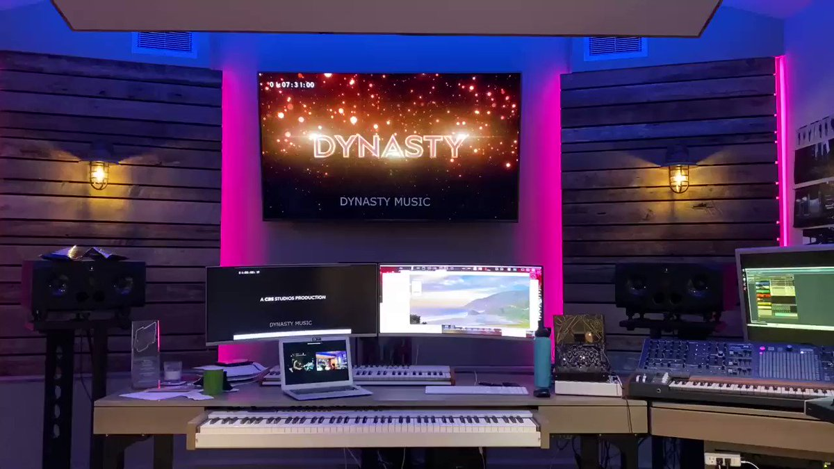 This is what remote mixing looks like. Zoom with Jason mixing the @cw_dynasty theme on the other side of LA, @audiomovers streaming full quality audio to my studio for me to hear. It's not as much fun, but it still amazes me what's possible! 🎺🎺🍸🎧👍 #dynasty #composerlife