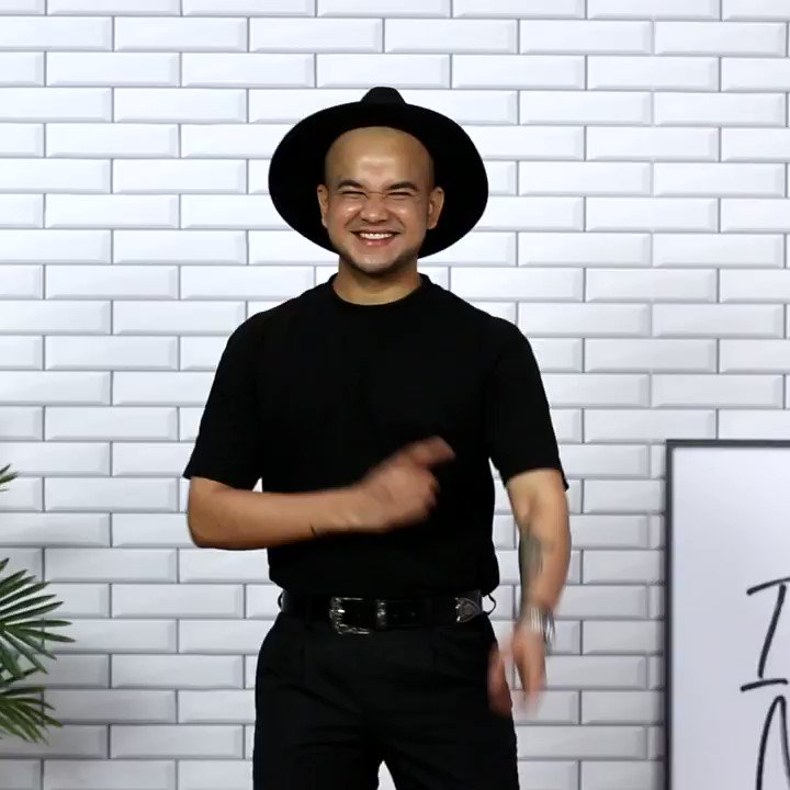 Want to know a secret which can make you Look Taller? Watch this video and learn the trick. For more such Fashion bytes tune in to 'Cut It Fix It Fold It' on #MyntraStudio   #MyntraOriginals #CutItFixItFoldIt #Myntra