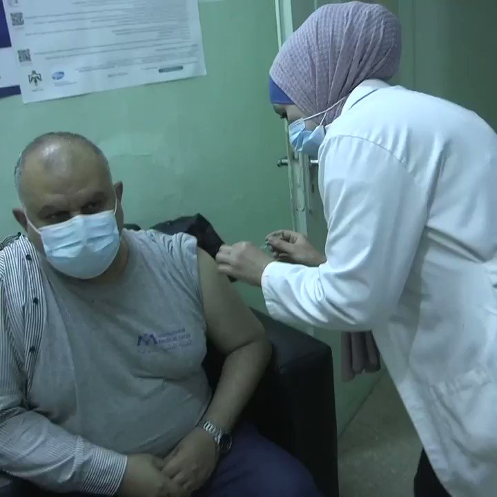 """Even though they're refugees, they're still our brothers & sisters.""  Staff at local health centres in Jordan are vaccinating refugees, a key step in the fight against the #COVID19 pandemic.  via @Refugees"