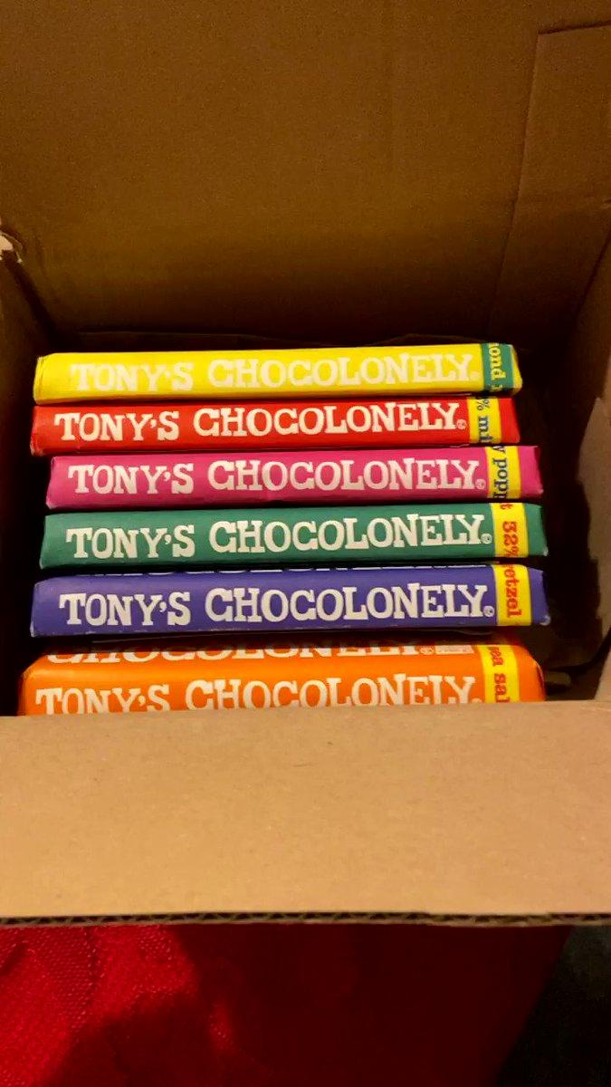 Replying to @ImoffValerie: Thanks @GlblCtzn and @TonysChocoUS for the chocolates!! 🍫 #lifeislikeaboxofchocolates
