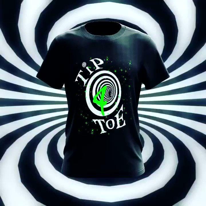 "NEW SONG:  RiFF RAFF x @Yelawolf  ""TiP TOE 4"" Drops At Midnight 🌙   🦓🦓🦓🦓🦓🦓🦓🦓🦓🦓  New Shirt At https://t.co/CyRLZkRrnX  🦓🦓🦓🦓🦓🦓🦓🦓🦓🦓 https://t.co/MyDvPHm9vb"