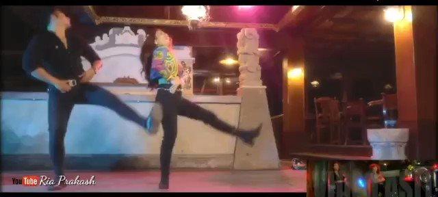 @MadhuriDixit @dancewithMD Mom @MadhuriDixit  Cover akhiyaan milaoon  @RiaPrakash Indonesia 🇮🇩